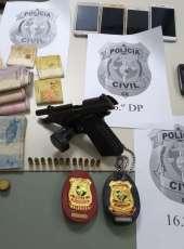 Polícia Civil prende foragida por homicídio que comandava tráfico de drogas em bairros da Capital