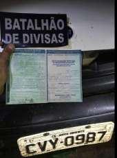 Batalhão de Divisa prende suspeito de receptação e apreende carro com identificação adulterada