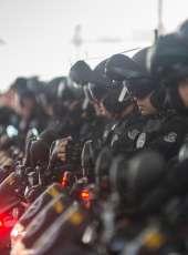 PMCE prende suspeita de tráfico de drogas com cocaína e maconha em Quixeramobim