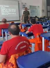 Corpo de Bombeiros participa de instrução de descontaminação do Exército Brasileiro