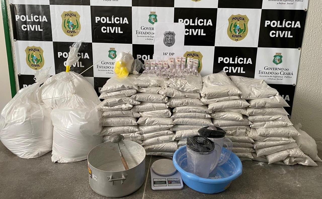 Polícia Civil apreende drogas e quase 120 kg de substâncias usadas para misturar entorpecentes na Capital